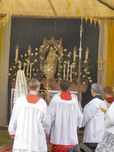 Roman pagan Idolatry at its finest.